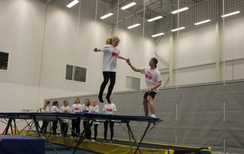 A big jump from the trampoline into the pit (photo by Kikkan)