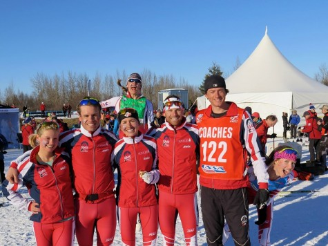 Our first SMS relay team - Me, Simi, Sophie and Andy with photo-bombing by Annie and Erika (photo by Sverre Caldwell)