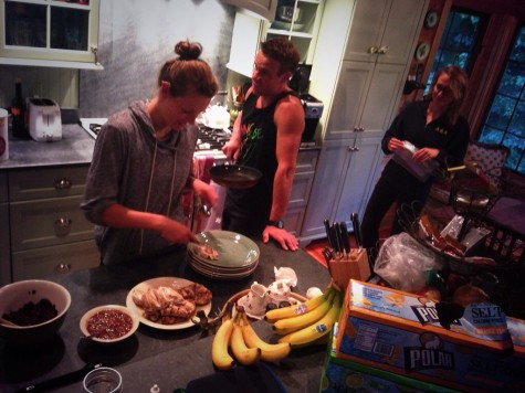 Annie, Simi and Sophie dishing up dinner. I love our family meal time!