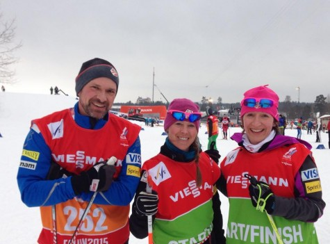 Greg, one of our team Doctors, Ana and Zuzana out for a ski! (photo from Zuzana)
