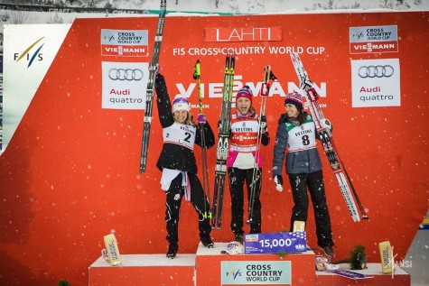 Happy podium girls! (Hansi photo)