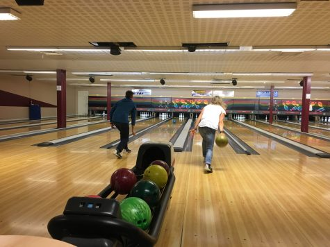 We celebrated Ida's birthday with a night of bowling with Germany, Italy and our team!